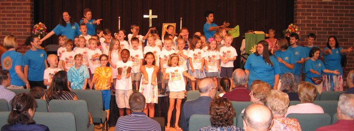 VBS Sings During Worship