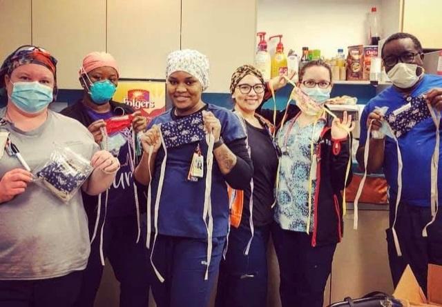 Medical Staff Wear Masks